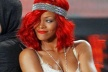 Rihanna ditched beyzbolista May, cuddle up with a colleague