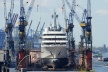 Abramovich's new yacht is not collected in the port antibskoto